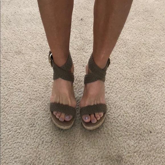 3c4d58248cda Stuart Weitzman Alexis Espadrille wedge sandals. M 5ac3c1d5b7f72b52ec17bc5d